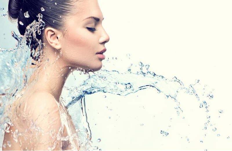 THE VANCOUVER HYDRAFACIAL